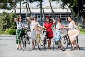 baku-suslu-kadinlar-bisiklet-turu